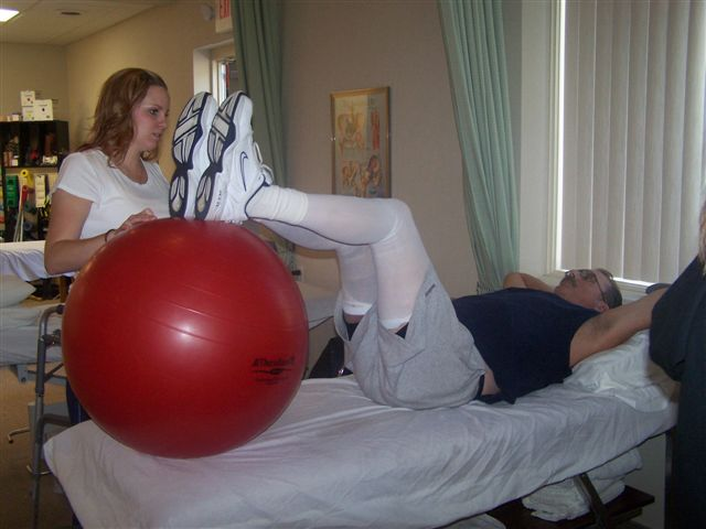Bone and Joint Specialists Expert orthopedic physical therapist Oakland County, Michigan
