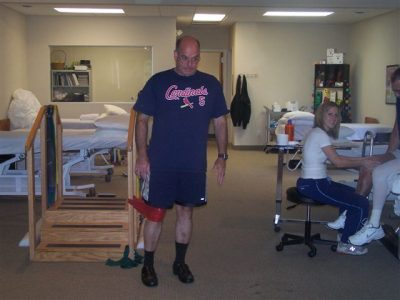 bone and joint specialists orthopedic licensed orthopedic physical therapy rehabilitation clinic waterford, michigan